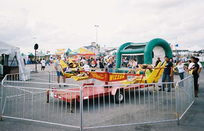 wizzer carnival ride rental